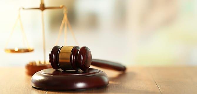 交通事故の解決は弁護士に依頼すべき?力になってくれる弁護士の探し方と費用の仕組み